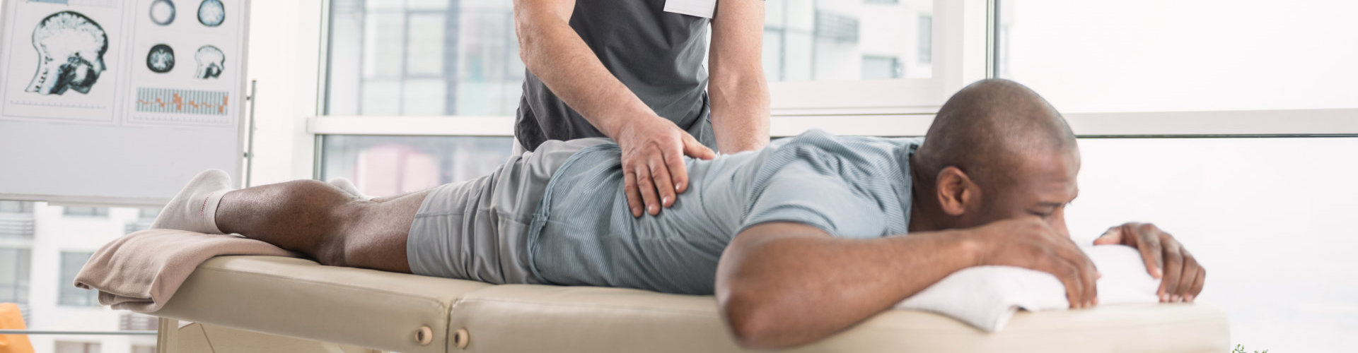 man availing chiropractic treatment